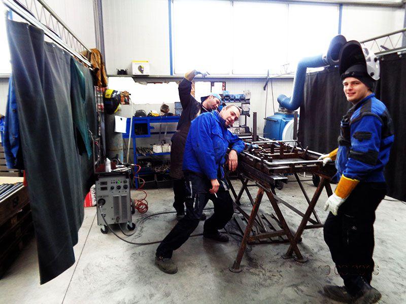 welders at Outback Motortek